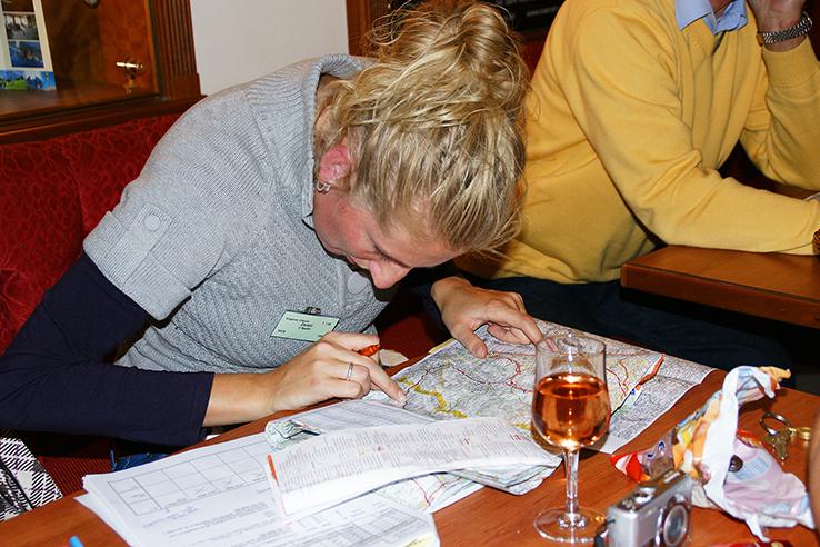 Kaartleesrally wordt voorbereid door een NRS deelneemster